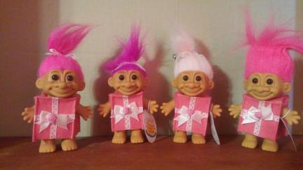 Troll Dolls Birthday x 4 2019-01-27